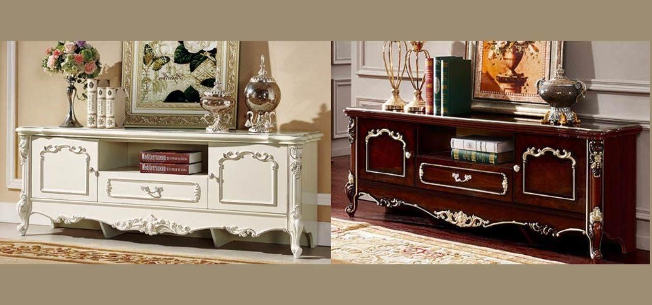 Kệ gỗ trang trí phòng khách phong cách cổ điển