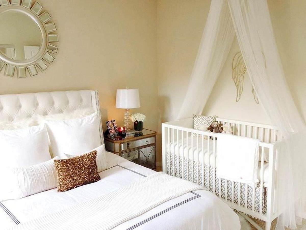 Bố trí giường ngủ bé gần với bố mẹ