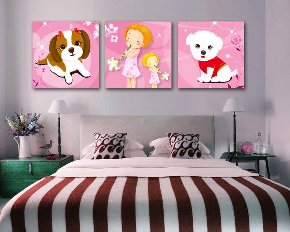 Trang trí phòng ngủ sống động hơn với tranh ảnh