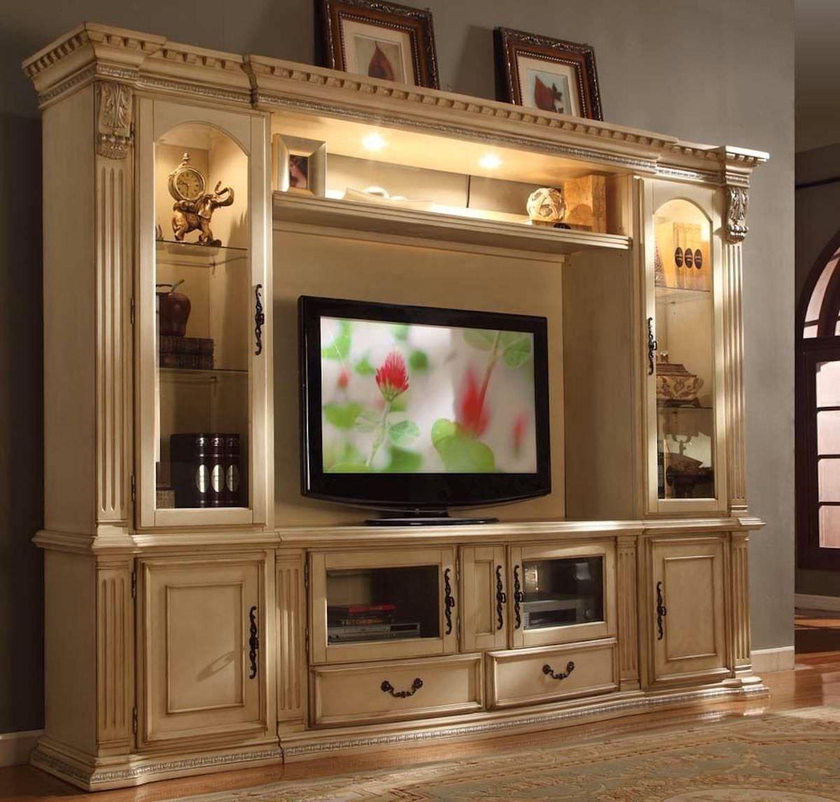 Thiết kế kệ tivi kết hợp tủ rượu phong cách tân cổ điển màu trắng