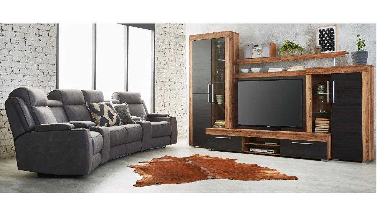 Kệ tivi kèm tủ rượu nhỏ cho nhà chung cư có diện tích hẹp
