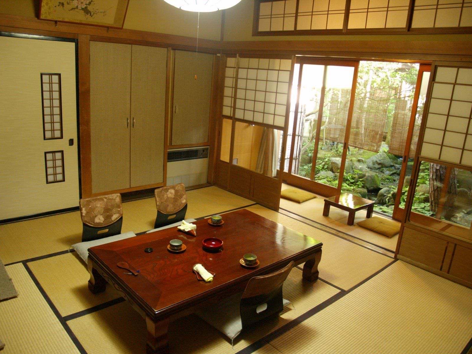Mẫu phòng khách truyền thống với chiếu Tatami đặc trưng