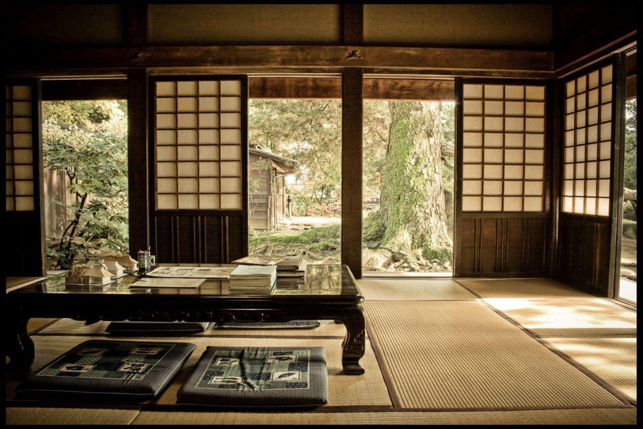 Kiểu trang trí phòng khách kiểu Nhật truyền thống mang màu sắc xưa cũ độc đáo