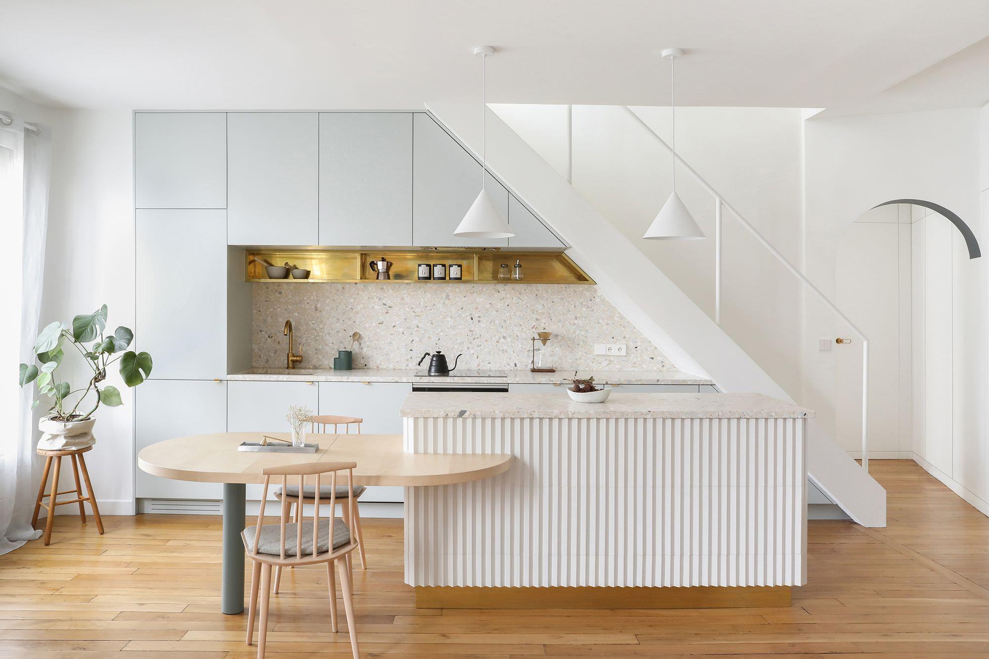 Thiết kế tủ bếp chữ I kết hợp đảo bếp đẹp sang trọng, tinh tế